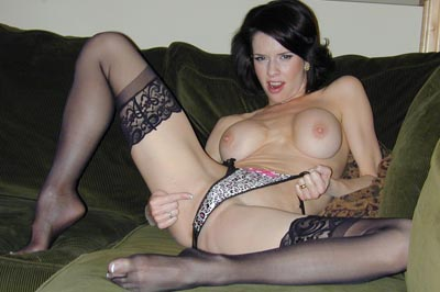 Veronica avluv wants to see your penish.